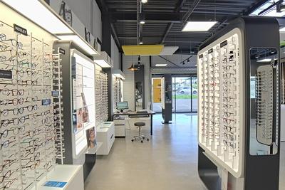 Plafonds noirs : créer ou renforcer l''esprit industriel du magasin