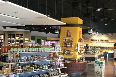 Plafonds et piéges à son : magasin l'Atelier Fermier - Ploumanach
