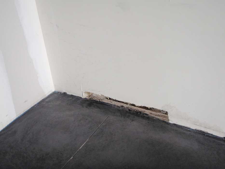 Construction neuve : cloisons et plafonds - Ecole maternelle - Plouguiel p1010090