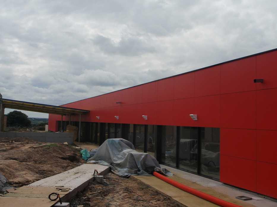 Construction neuve : cloisons et plafonds - Ecole maternelle - Plouguiel p1010096