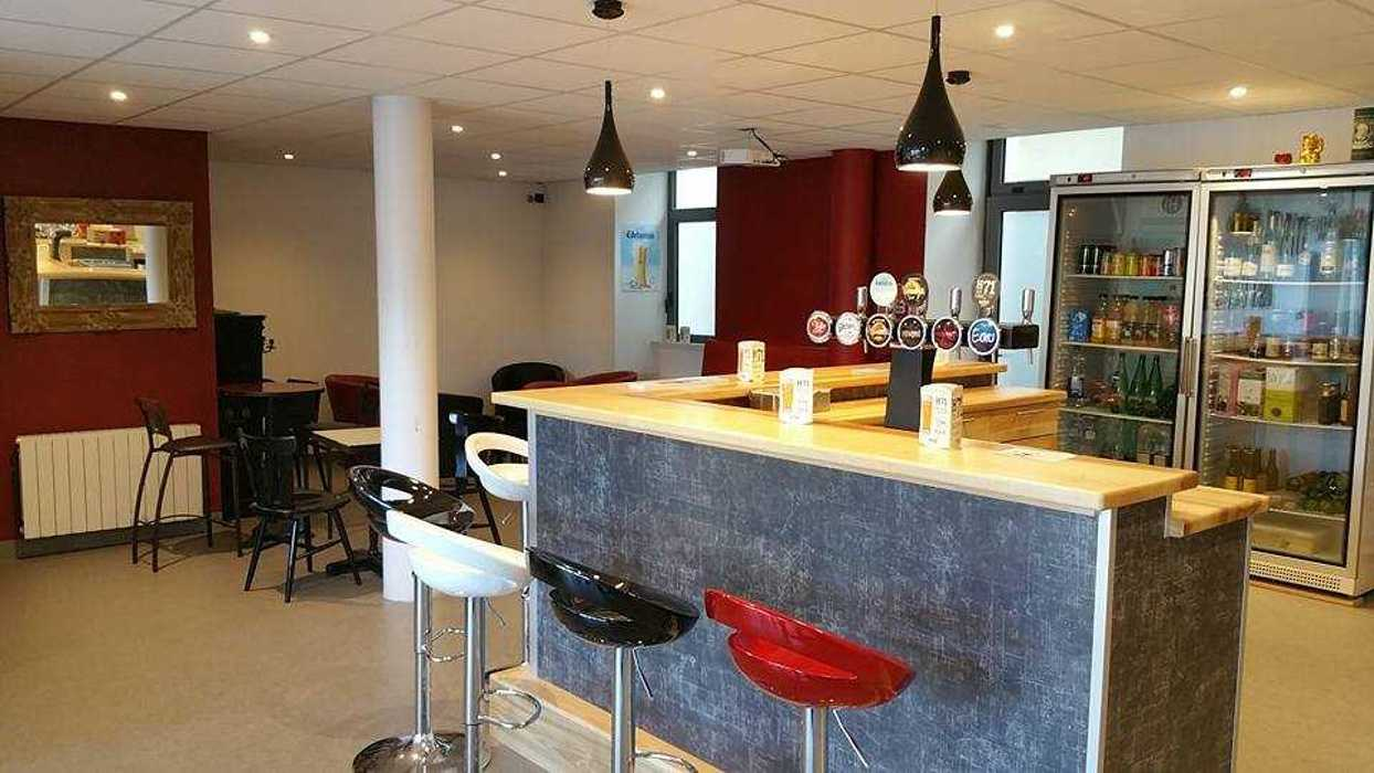 Aménagement d''un bar Guingamp bar3