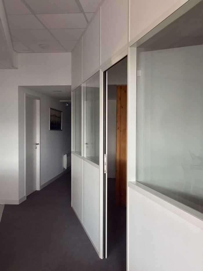 Cloisons vitrées : organiser vos espaces / optimiser la luminosité vitrees3