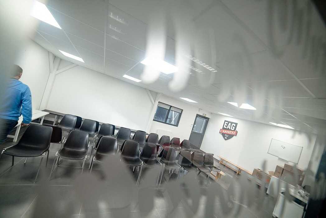 Rénovation plafonds suspendus, cloisons centre d''entrainement EAG - 22 dsc1378